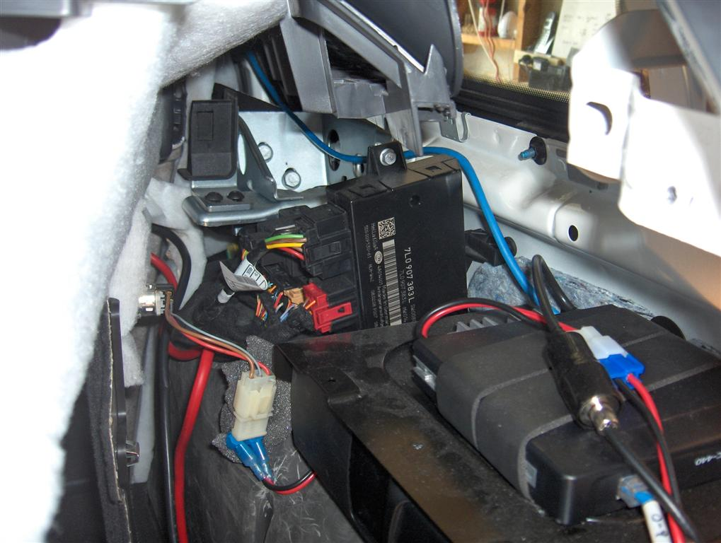 towing recognition control module club touareg forums click image for larger version touareg trailer module 001 large jpg